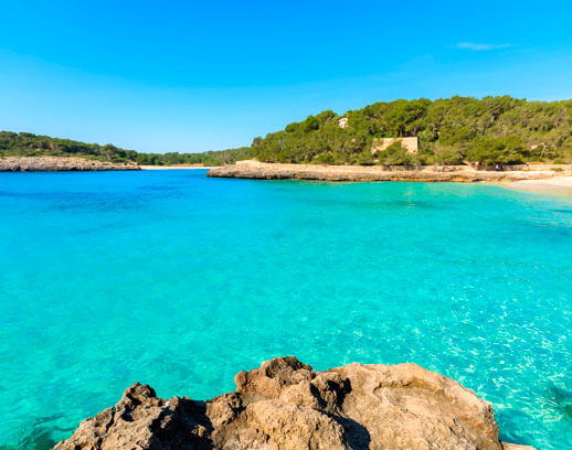 holidays in cala millor with aparthotel ciudad laurel